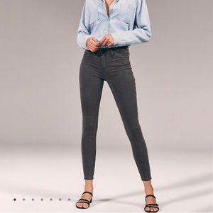 A&F Low rise jean legging